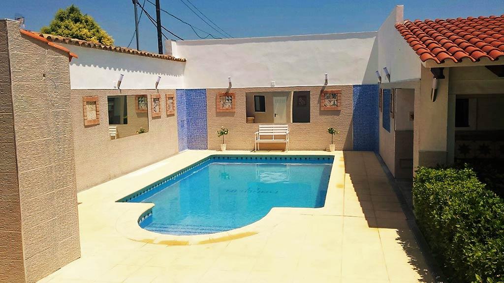 complejo-manolin-piscina-galeria-3